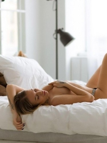 Sex ad by kinky escort Asya (22) in Dubai - Photo: 5