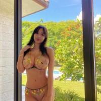Olive Girls - Sex ads of the best escort agencies in Dubai - Iris
