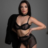 Russian Lady - Sex ads of the best escort agencies in Kuwait - Janet